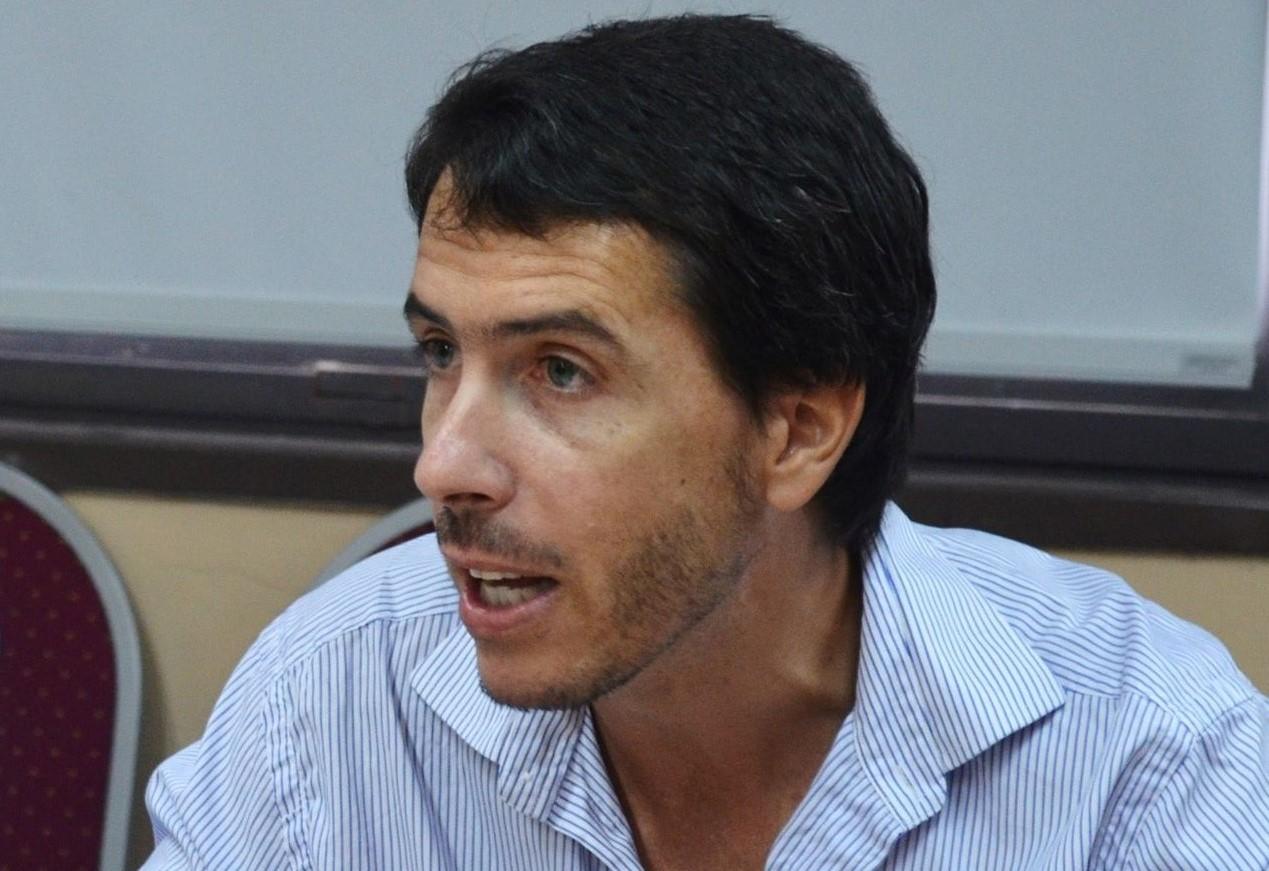 Berhongaray pide informe por la central hidroeléctrica Los Divisaderos
