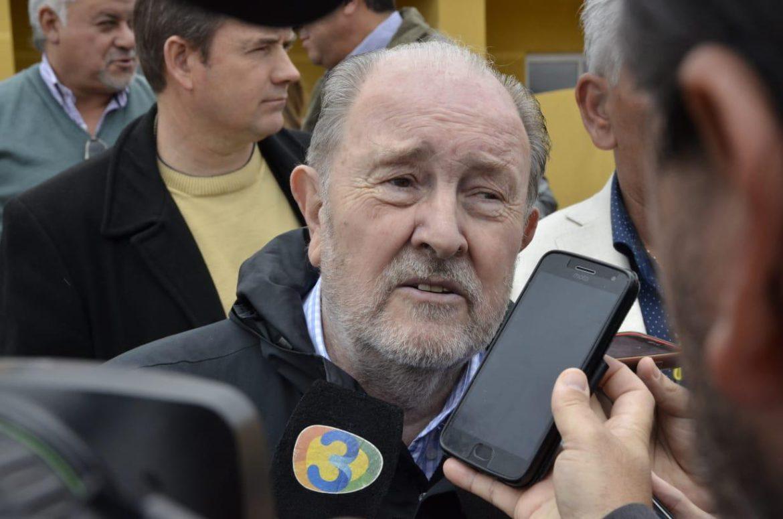 El gobernador pidió a Macri una reunión urgente