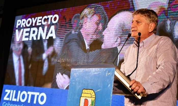 """Ziliotto saludó la reelección de Uñac: """"El camino es la unidad"""""""