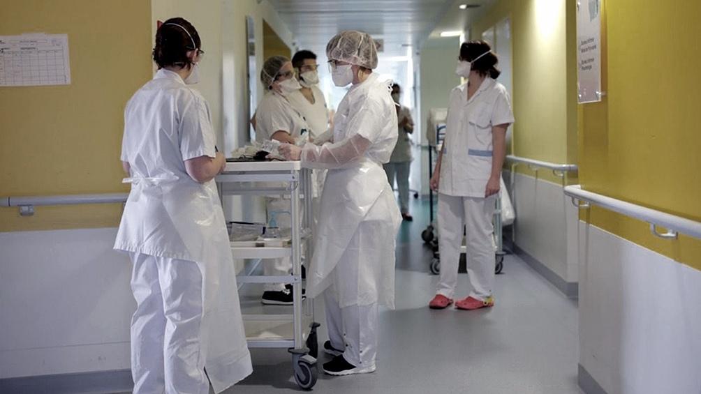 Berhongaray impulsa extensión de beneficios impositivos a más trabajadores de salud