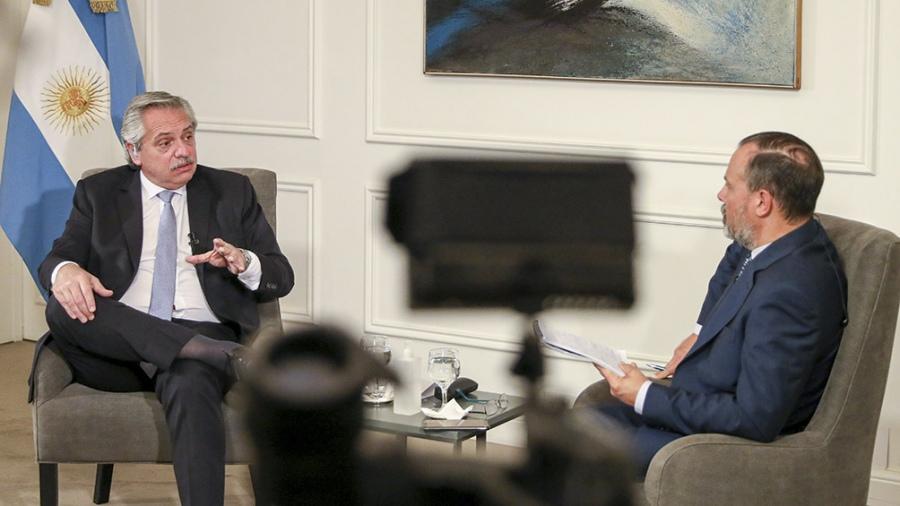 Fernández: «¿Quién dijo que si no se hace la cuarentena la economía se vuelve próspera?»