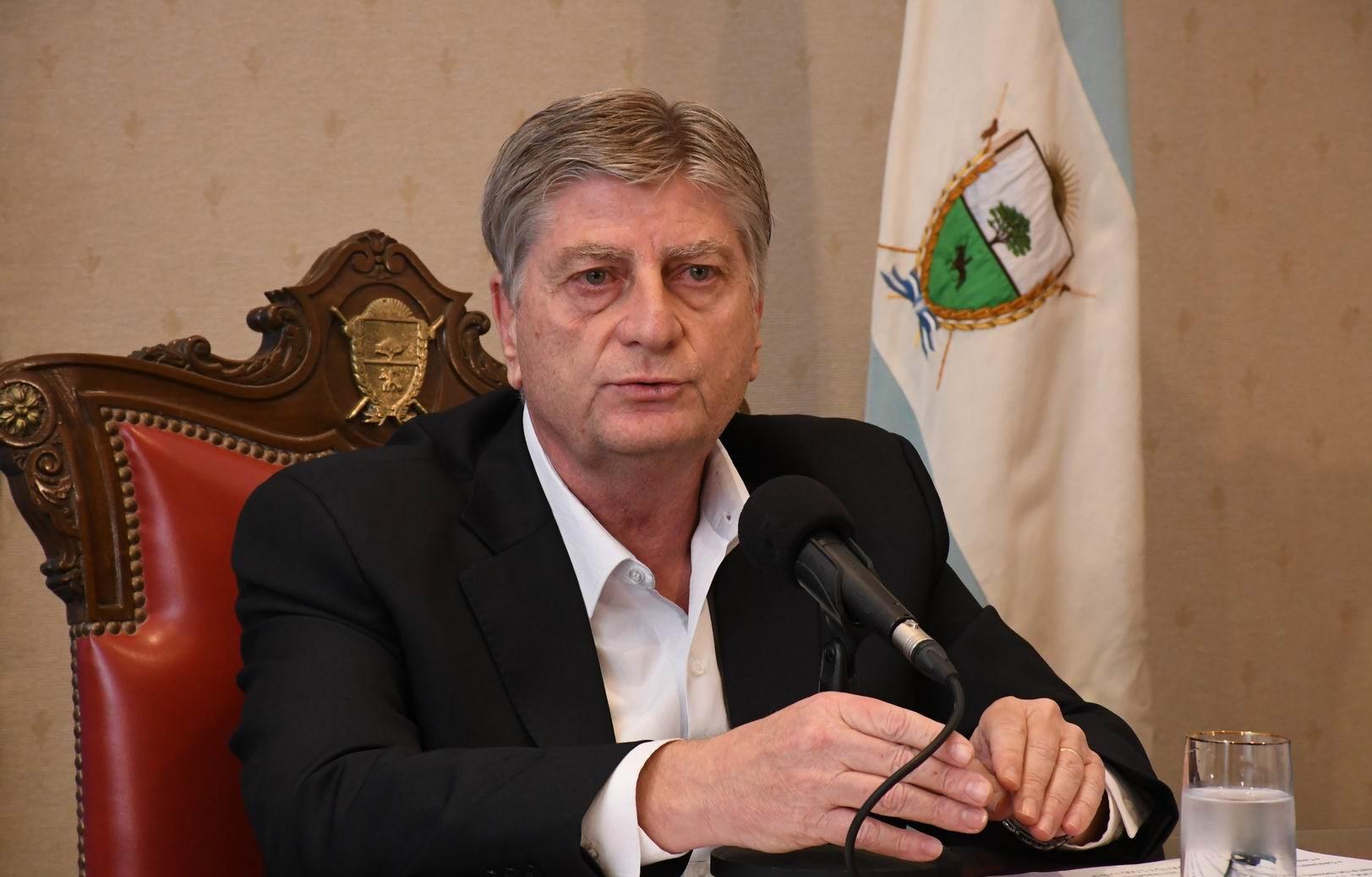 PASO: Ziliotto a favor de postergarlas para septiembre y las elecciones en noviembre