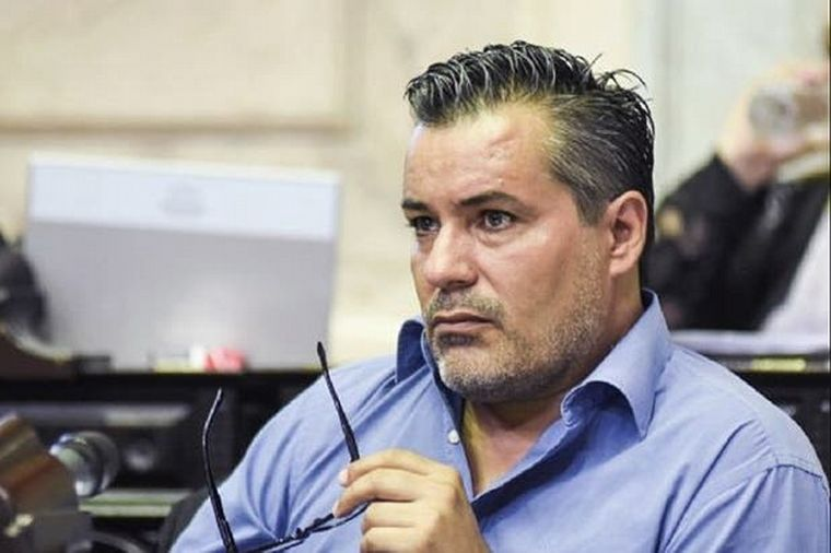 Diputados aceptó la renuncia de Ameri tras el escándalo sexual en plena sesión