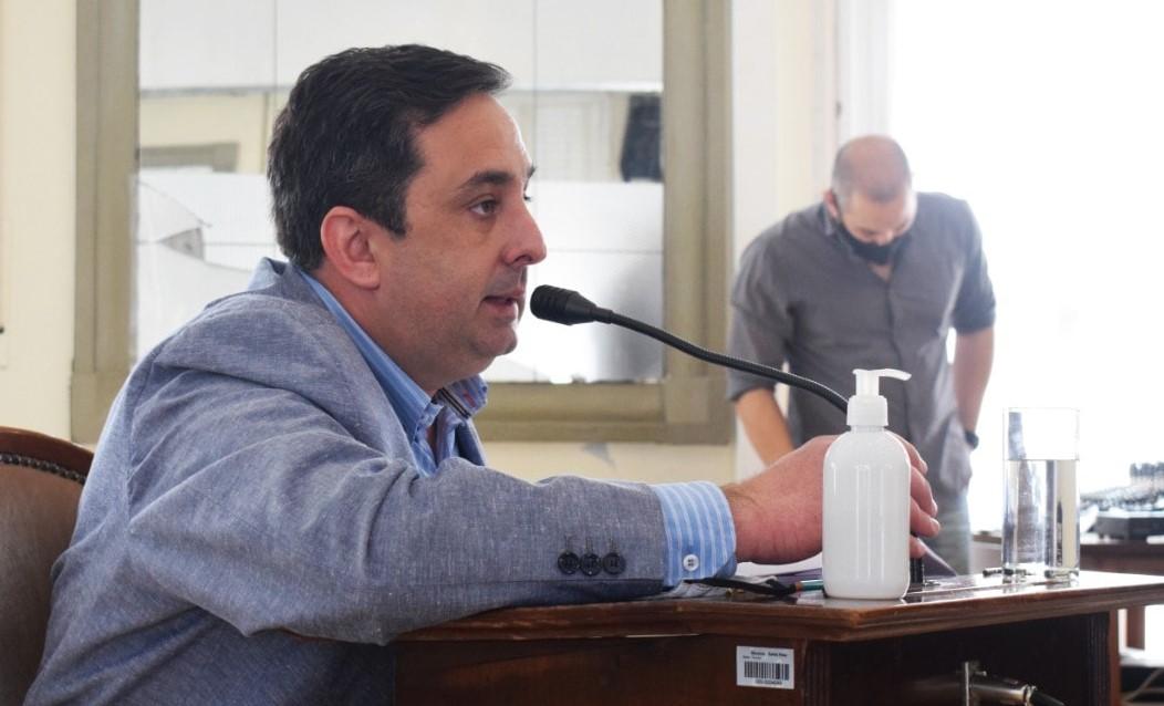 """Créditos: concejal pide a la intendencia """"no ocultar o desmerecer lo realizado años anteriores"""""""