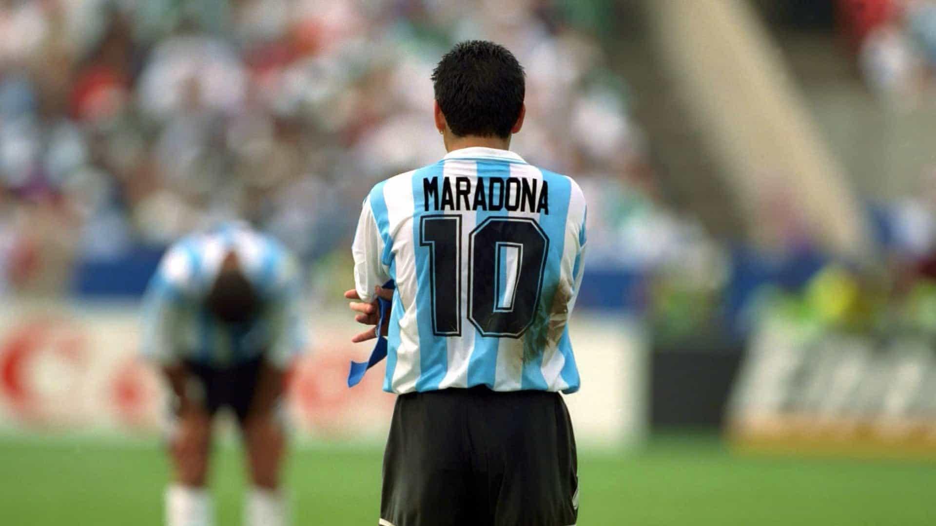 """Maradona en el Boletín Oficial: """"Nos hizo inmensamente felices a los argentinos y a las argentinas"""""""