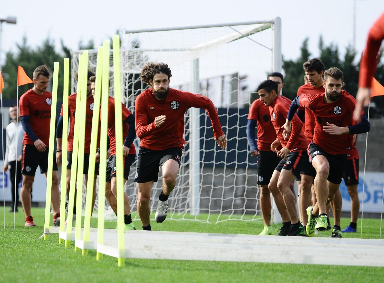 Primera División: el 10 de agosto vuelven los entrenamientos al ...