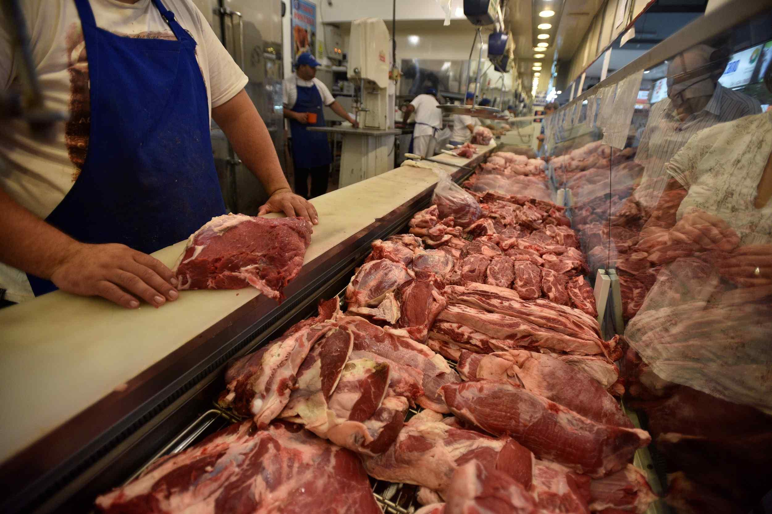Comienza la oferta de cortes de carne vacuna y se busca sumar frutas y verduras